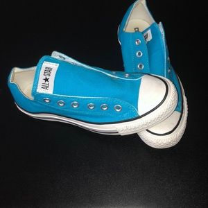 💦brand new💦 blue lowtop converse all ⭐️